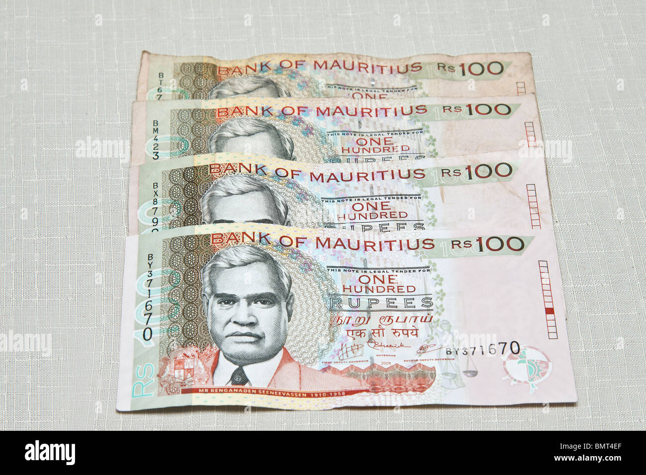 Mauritian currency ,one hundred rupees notes. - Stock Image