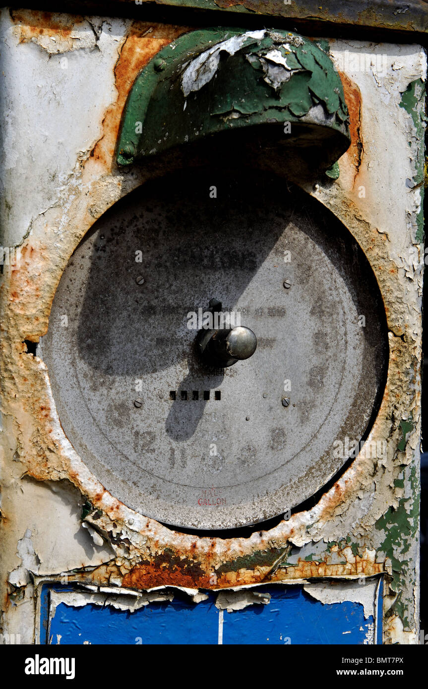 Old petrol pump outside Compton Garage, Long Compton, Warwickshire, England, UK - Stock Image