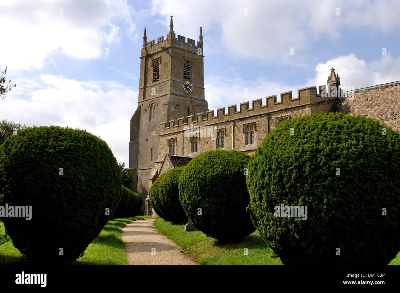 St. Peter and St. Paul Church, Long Compton, Warwickshire, England, UK - Stock Image
