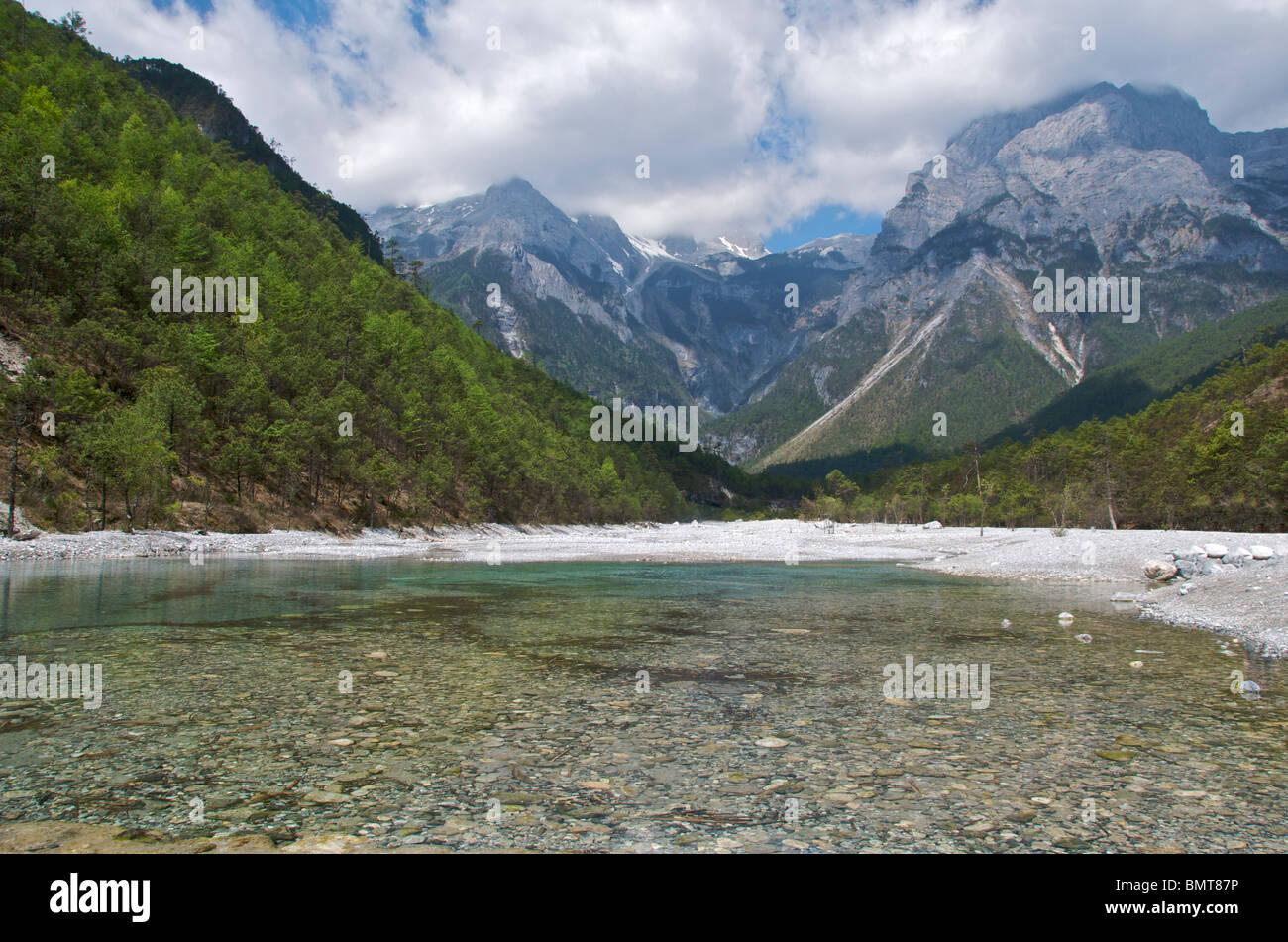 Yulong Xueshan (Jade Dragon) Mountain near Lijiang Yunnan China - Stock Image