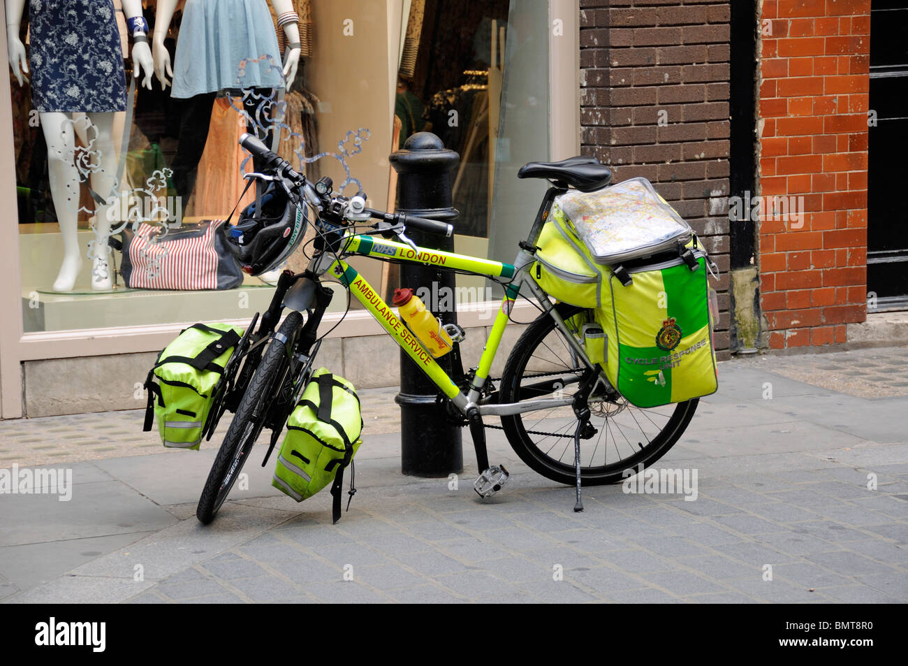 Cycle Response Unit, London Ambulance Service paramedic's bike in street - Stock Image