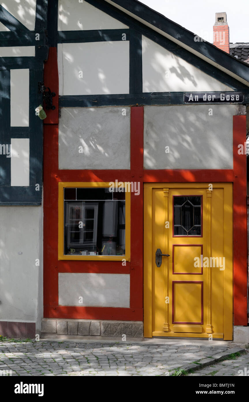 Fachwerkhaus in Goslar, Niedersachsen, Deutschland. - Half-timbered house in Goslar, Lower Saxony, Germany. - Stock Image