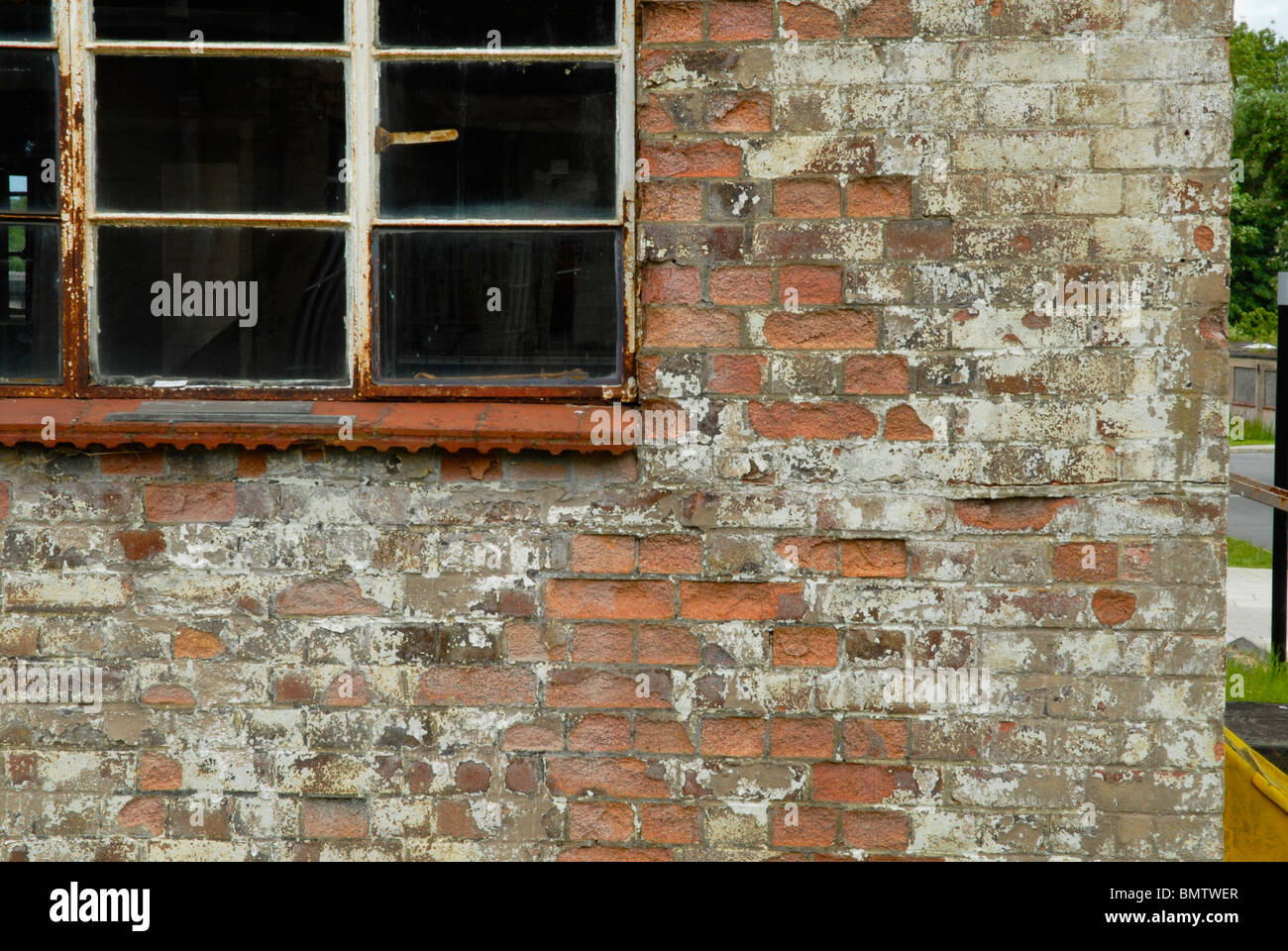 One of the old wartime huts at Bletchley Park, UK, 2009. - Stock Image