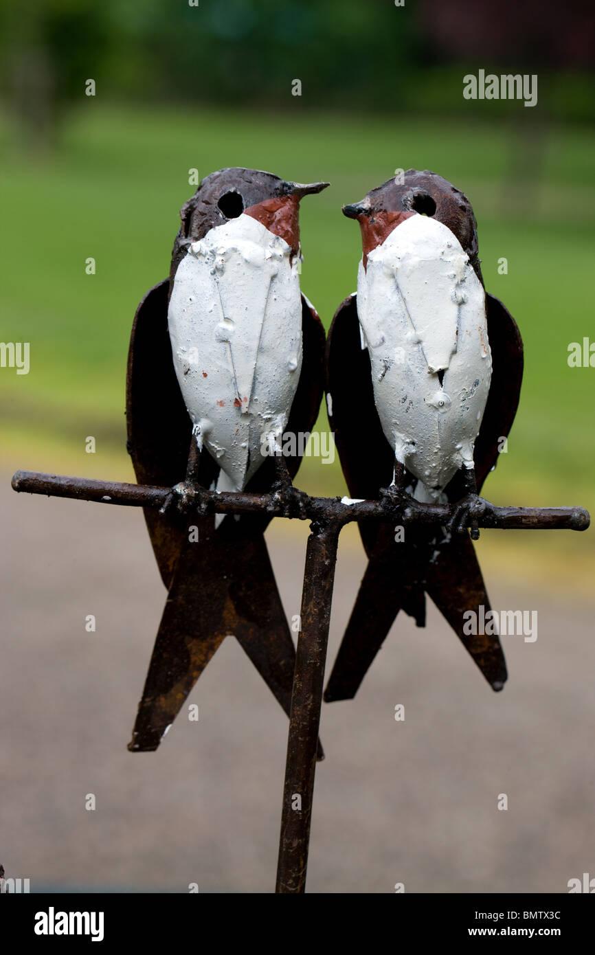 Birds iron garden ornaments, crafts, hobbies, gardening, flowers, green, nature, - Stock Image