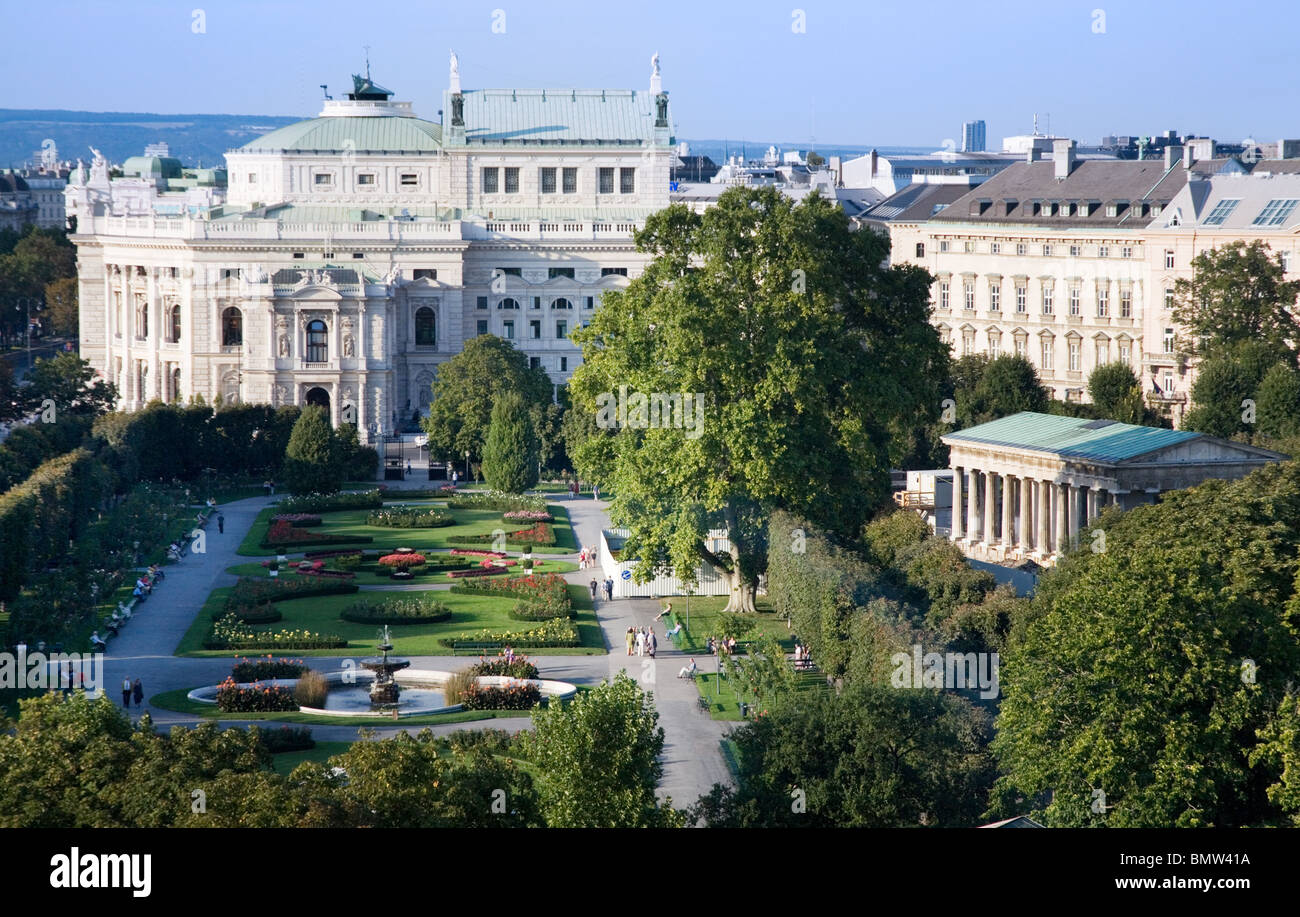 Rooftop view of the Hofburg Palace from the Naturhistorisches Museum (Museum of Natural History), Vienna, Austria - Stock Image