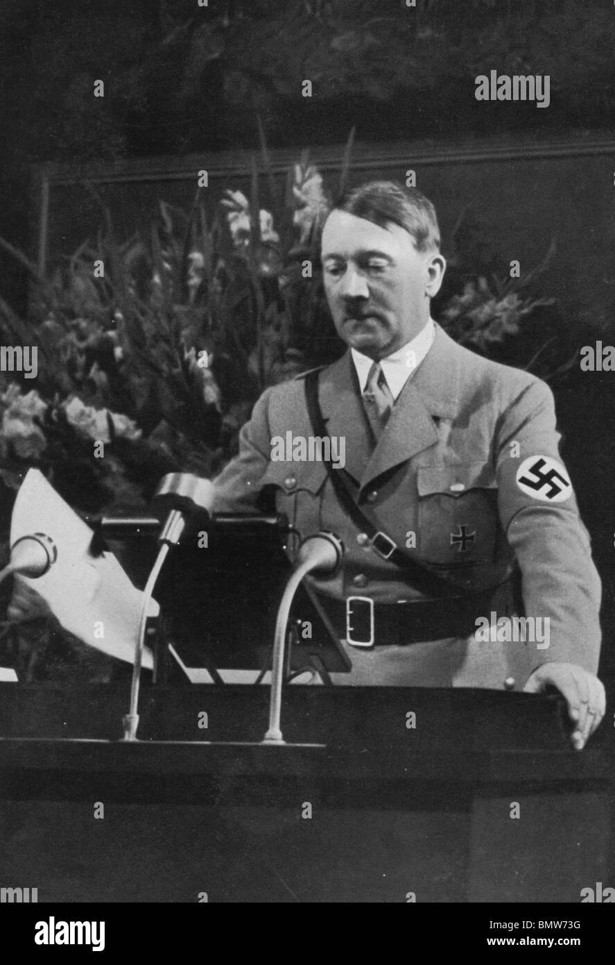 ADOLF HITLER opens 1935 Nazi Party Congress in Nuremberg - Stock Image