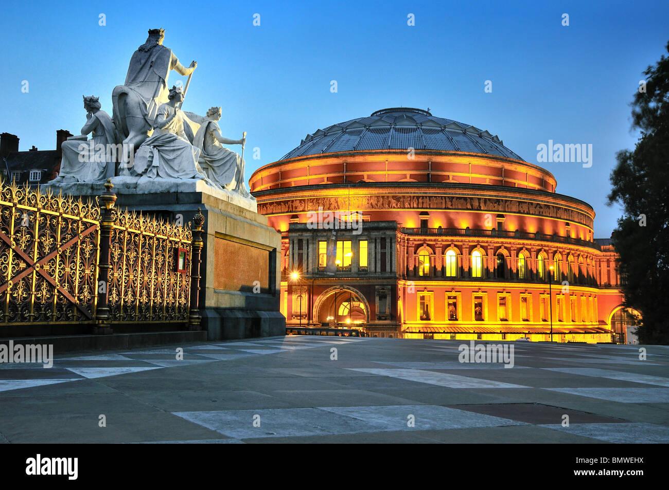 Royal Albert Hall at night - Stock Image