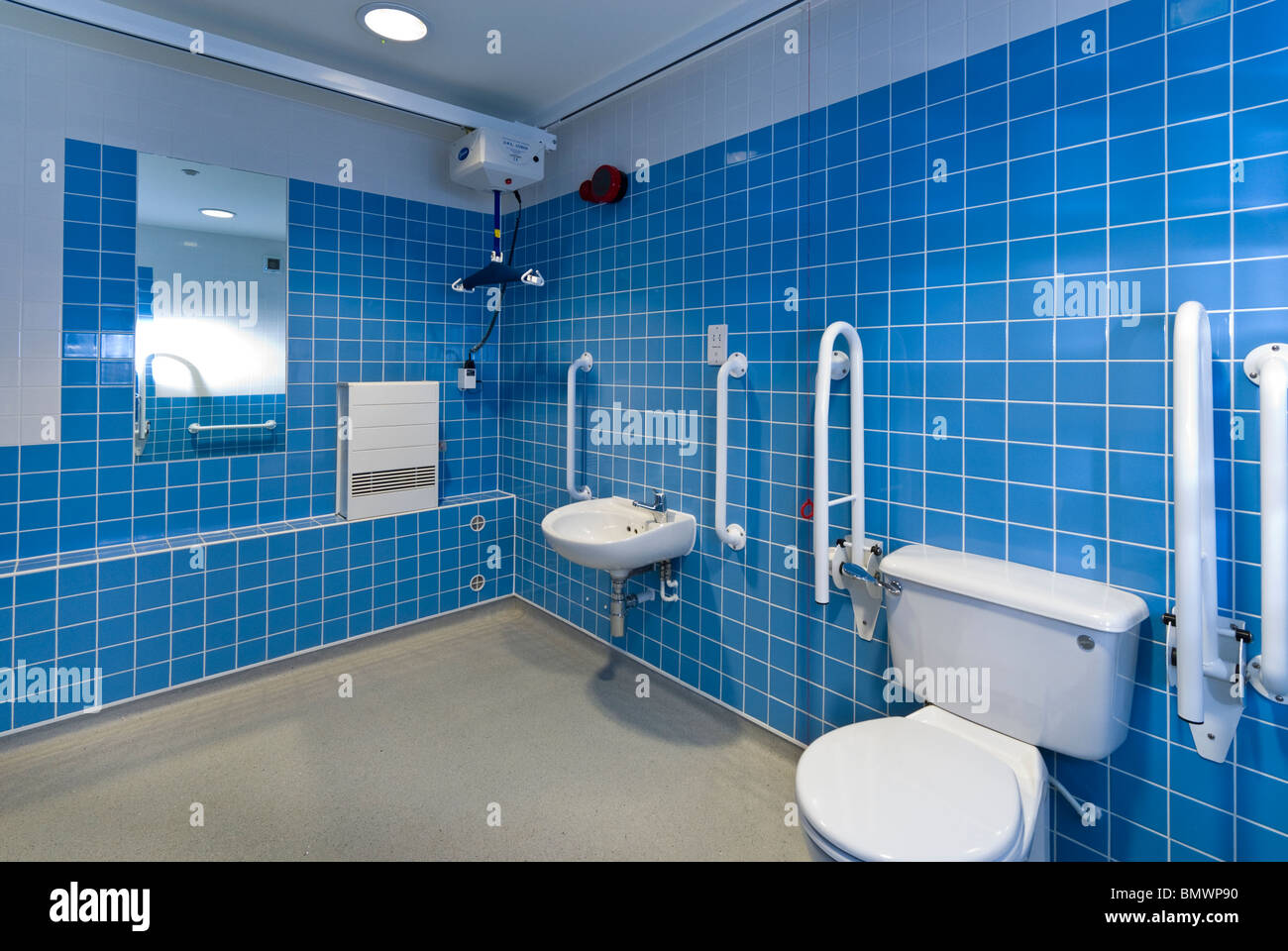 Disabled and infirm bathroom in a nursing / care home - Stock Image