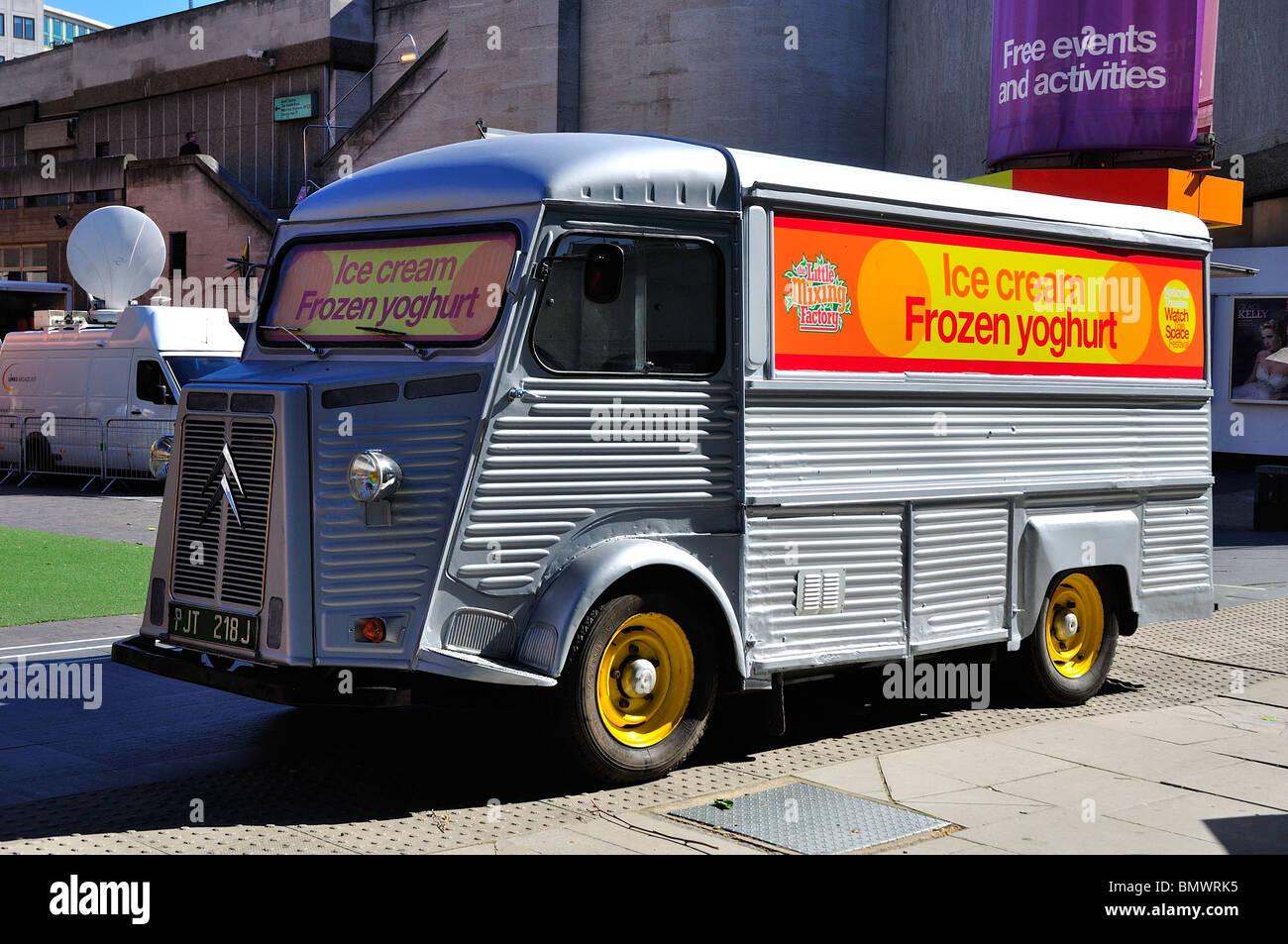 Citroen H Van, Ice cream van Stock Photo