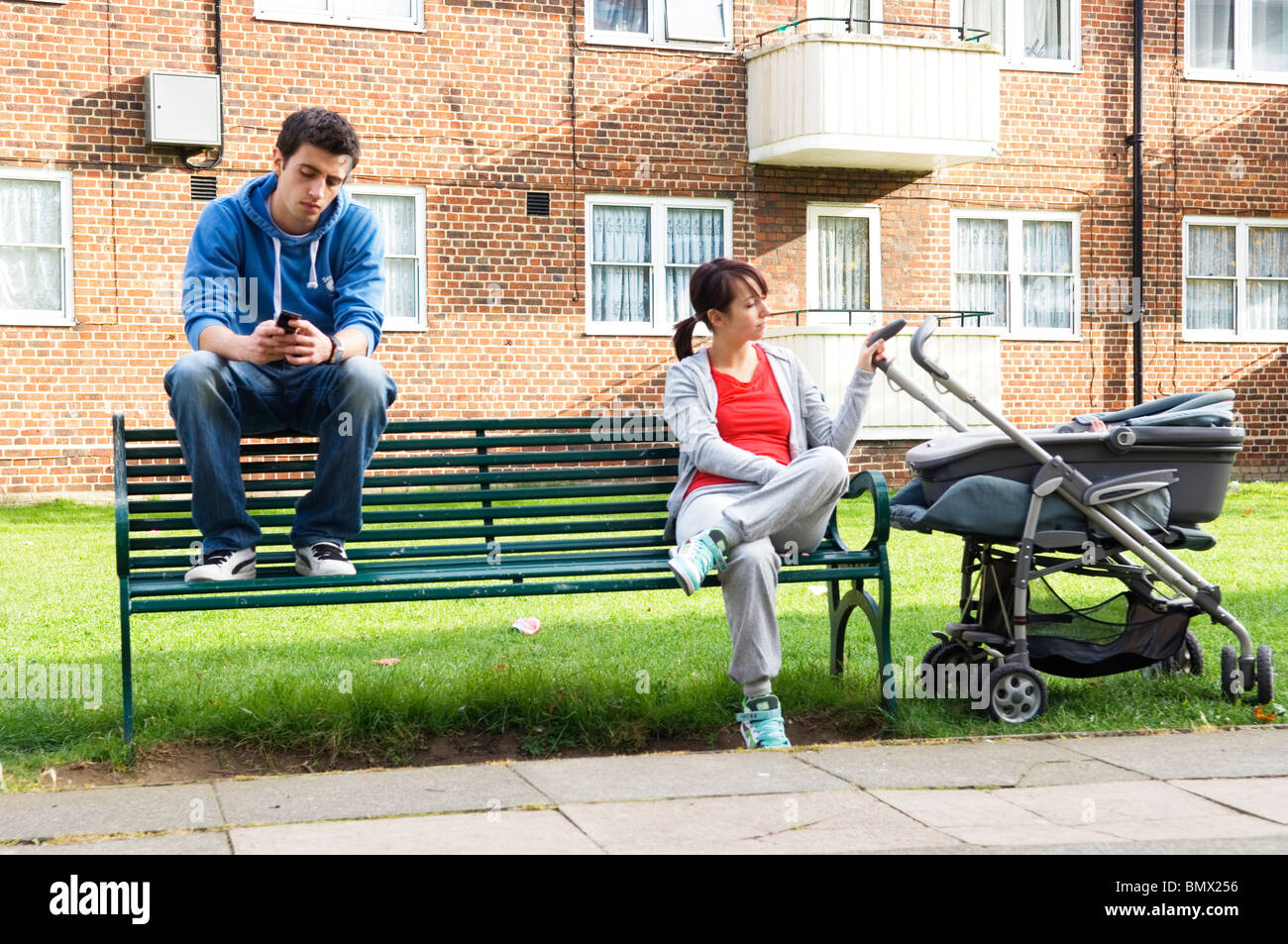 young families and teenage pregnancy - Stock Image
