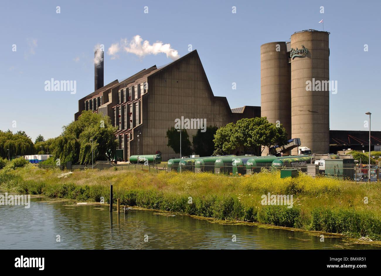 Carlsbery Brewery and River Nene, Northampton, Northamptonshire, England, UK - Stock Image