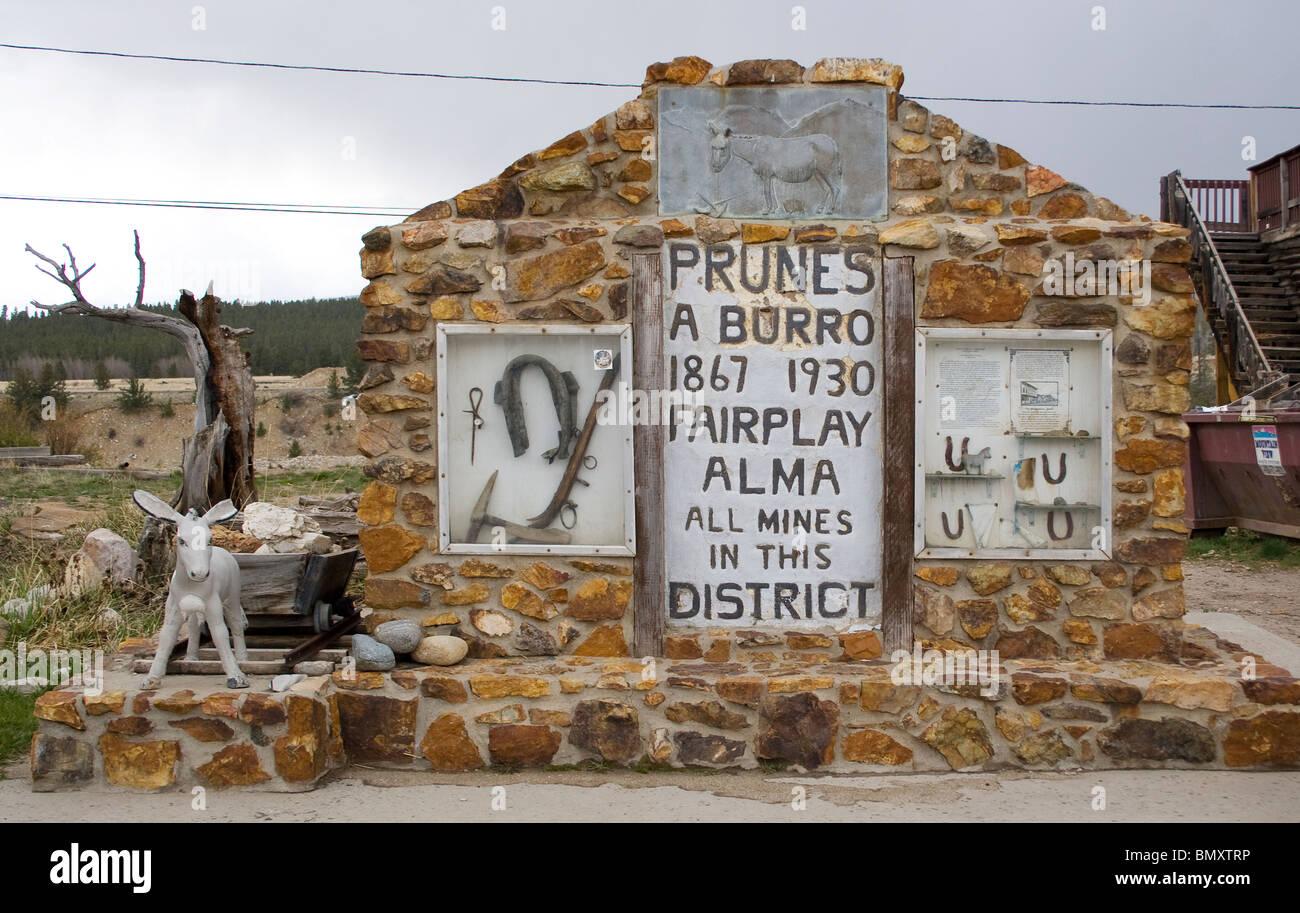 Prunes the Burro memorial in Fairplay Colorado - Stock Image