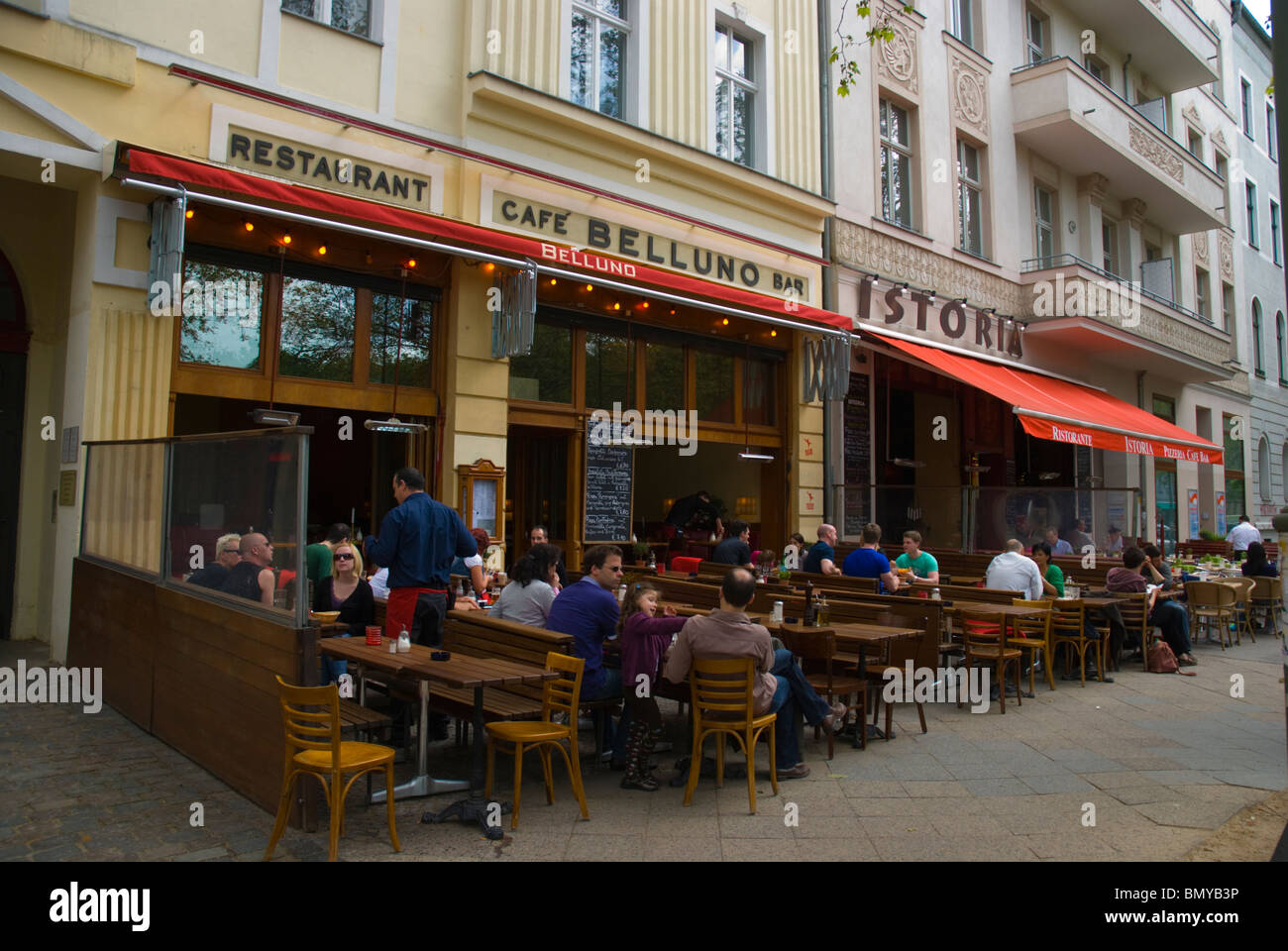 berlin restaurant cafe outdoor stock photos berlin restaurant cafe outdoor stock images alamy. Black Bedroom Furniture Sets. Home Design Ideas