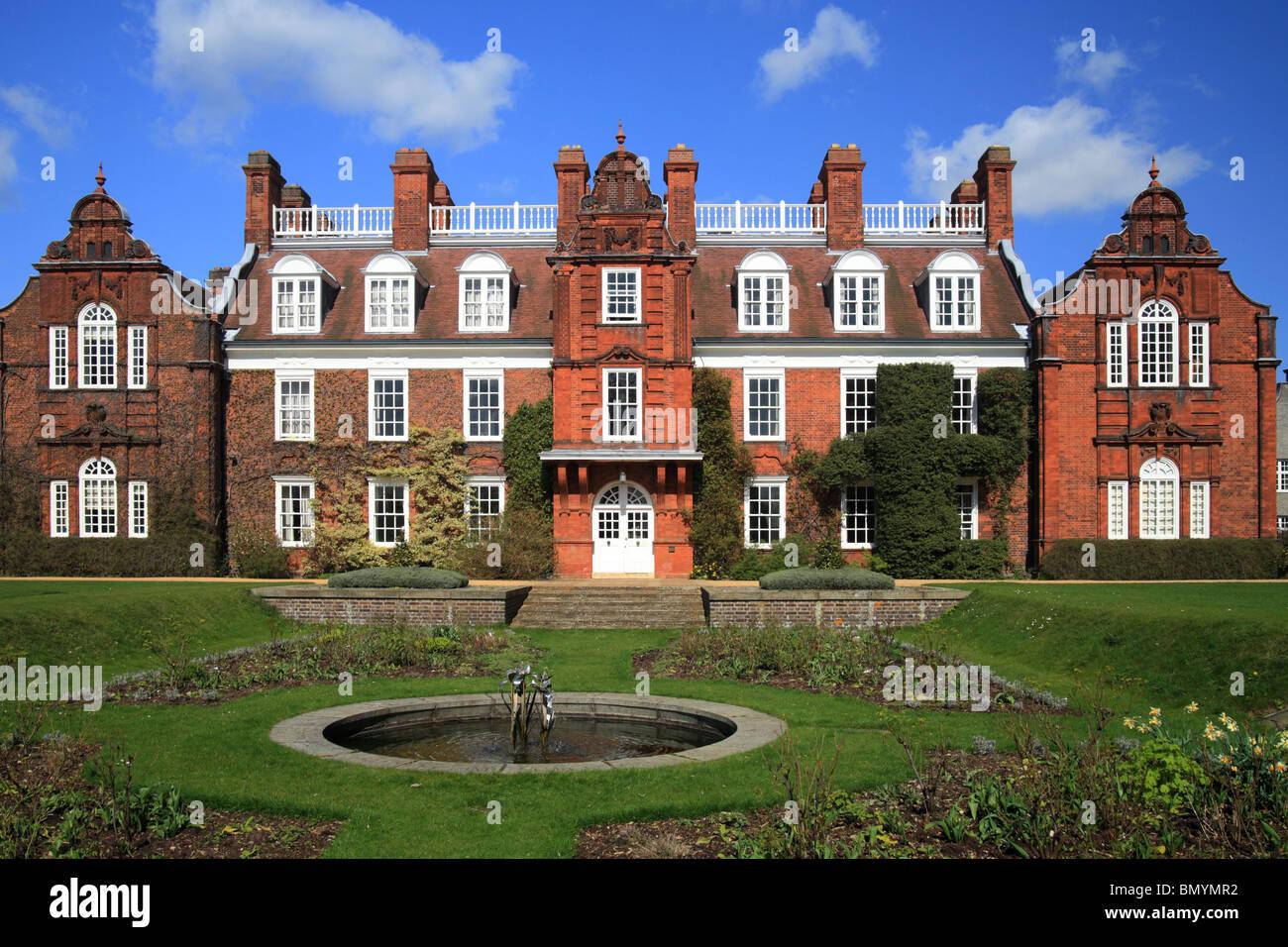 Newnham College, Cambridge University. - Stock Image