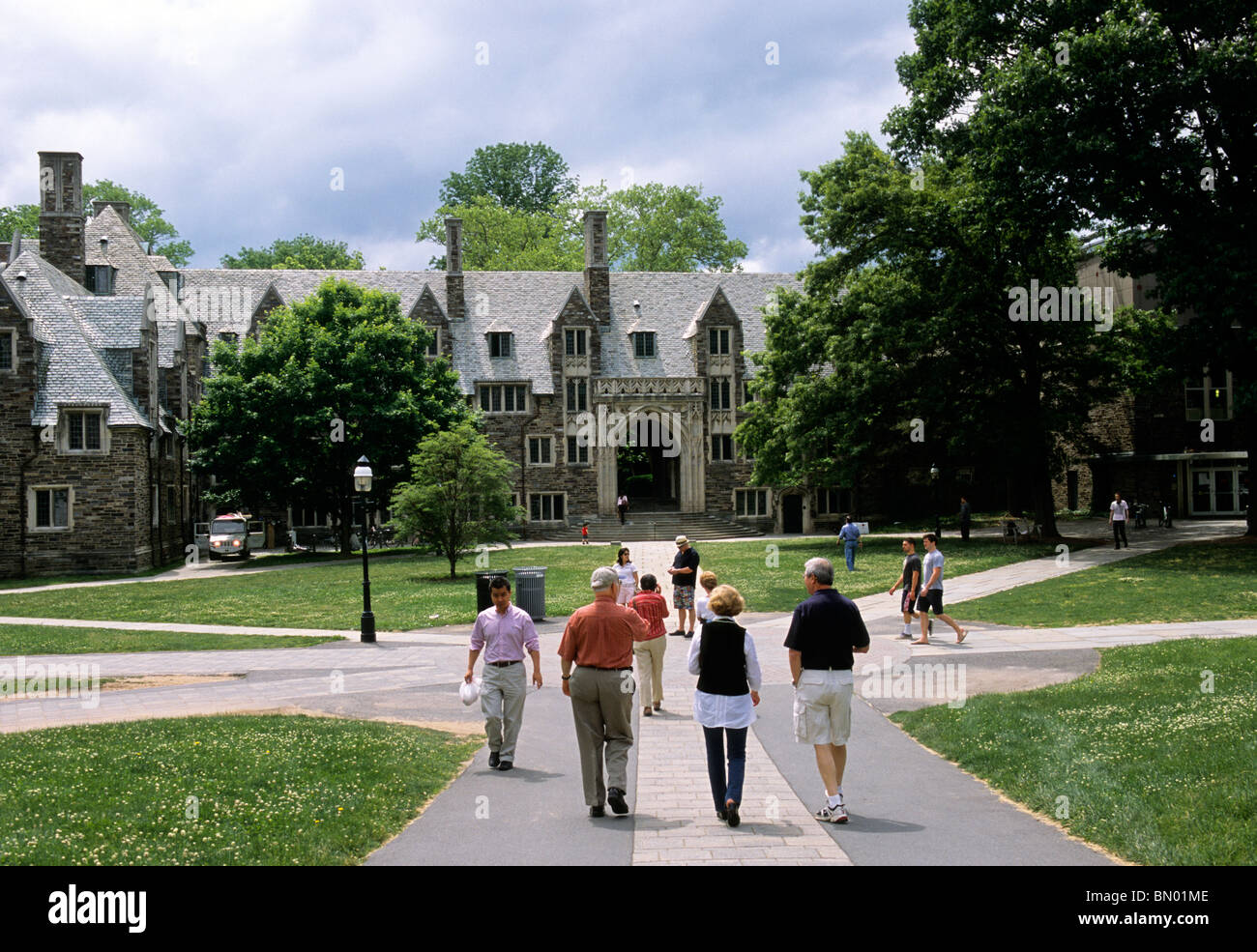 Princeton University People Walking on Campus in Front of Lockhart Hall USA - Stock Image
