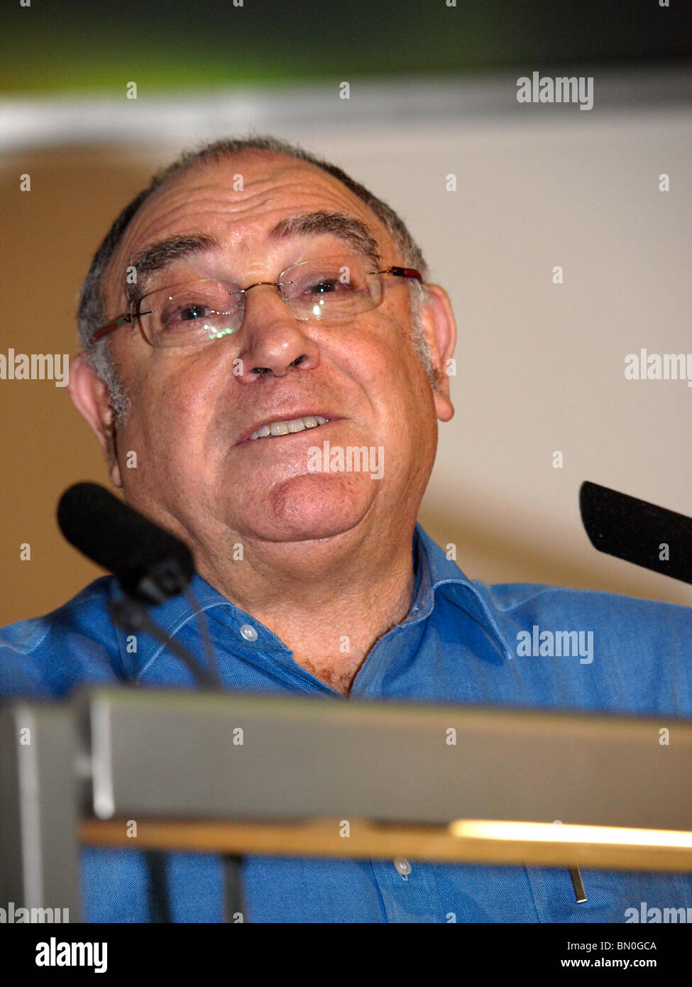 Ronnie Kasrils ANC actvist speaking at the Putting Irish Unity on the Agenda Conference hosted by Sinn Fein at TUC - Stock Image