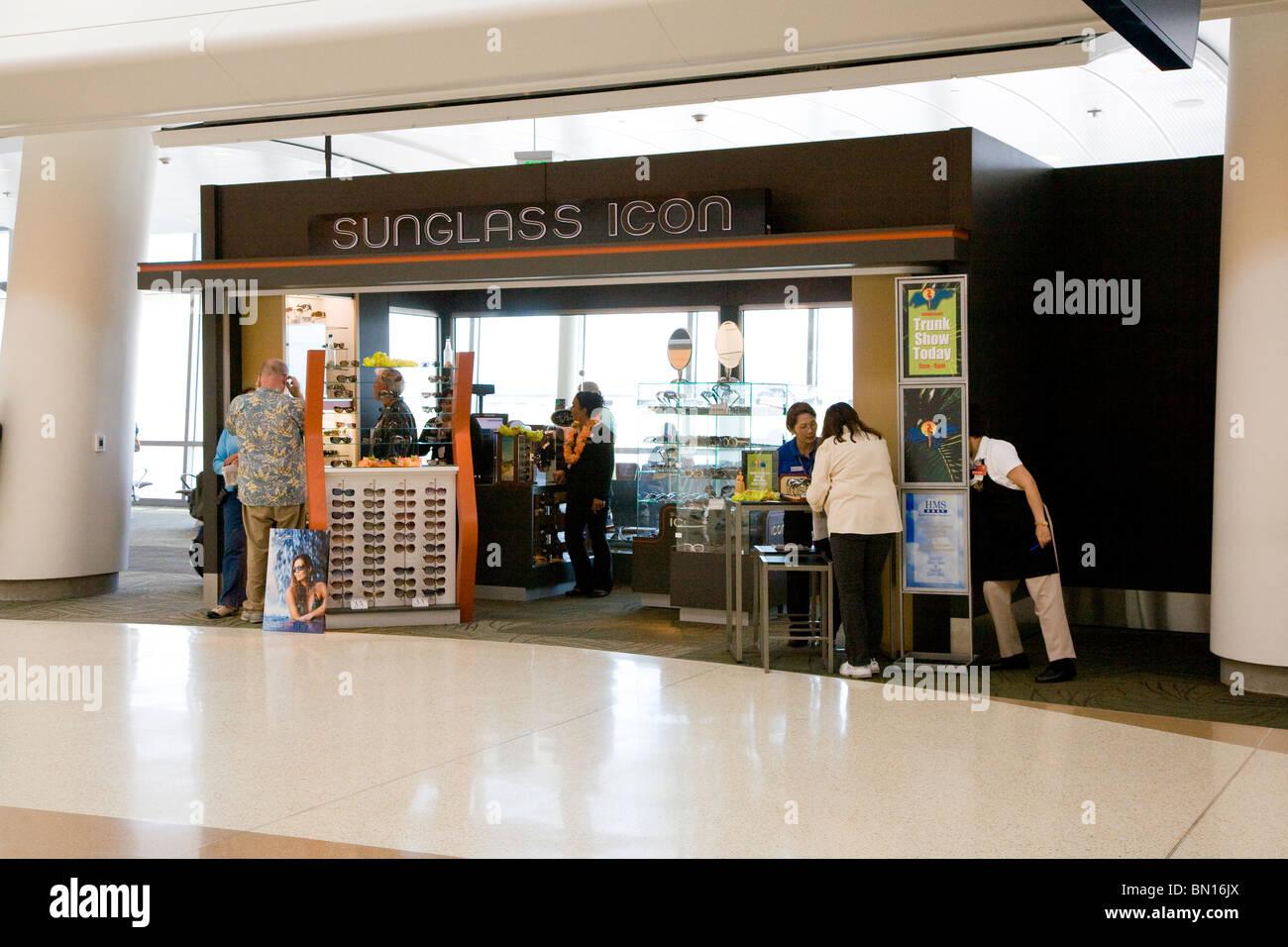Sunglass Icon Booth at Terminal B in Mineta San Jose International Airport - Stock Image