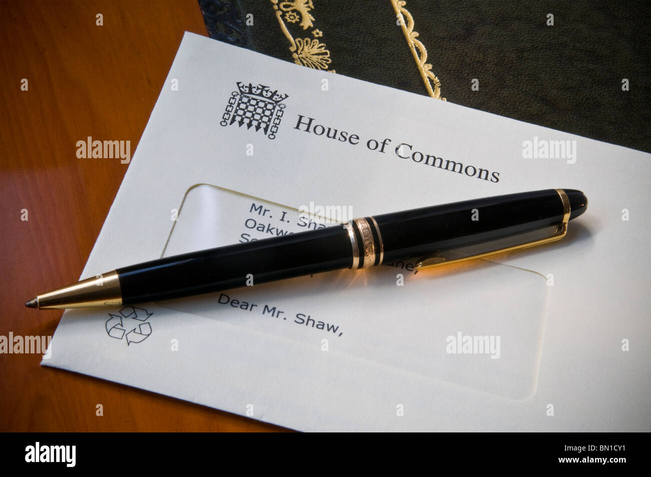 Official letter from house of commons with montblanc for Montblanc house
