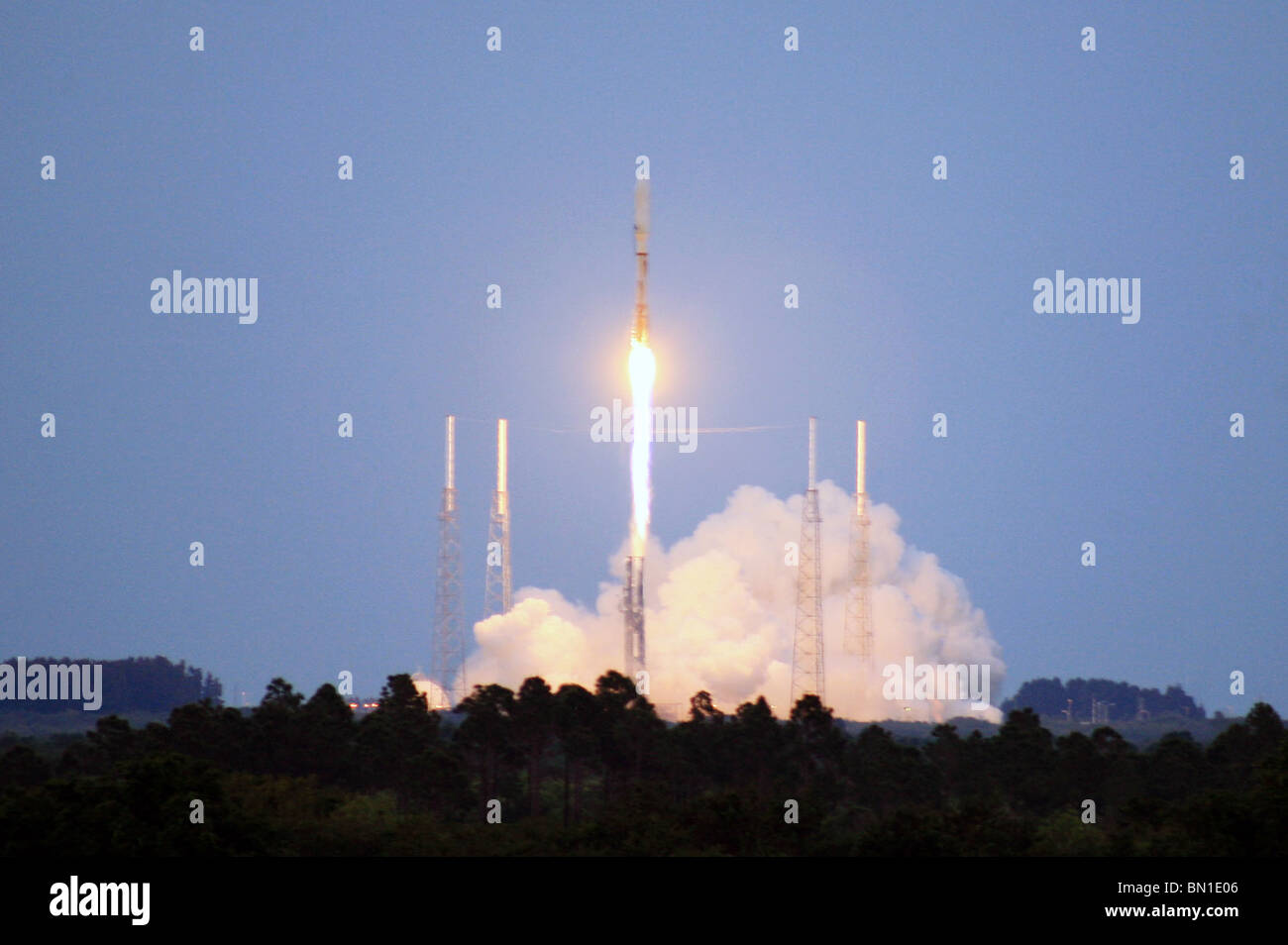 The X-37B Orbital Test Vehicle makes its first space flight aboard an Atlas V rocket April 22, 2010 - Stock Image