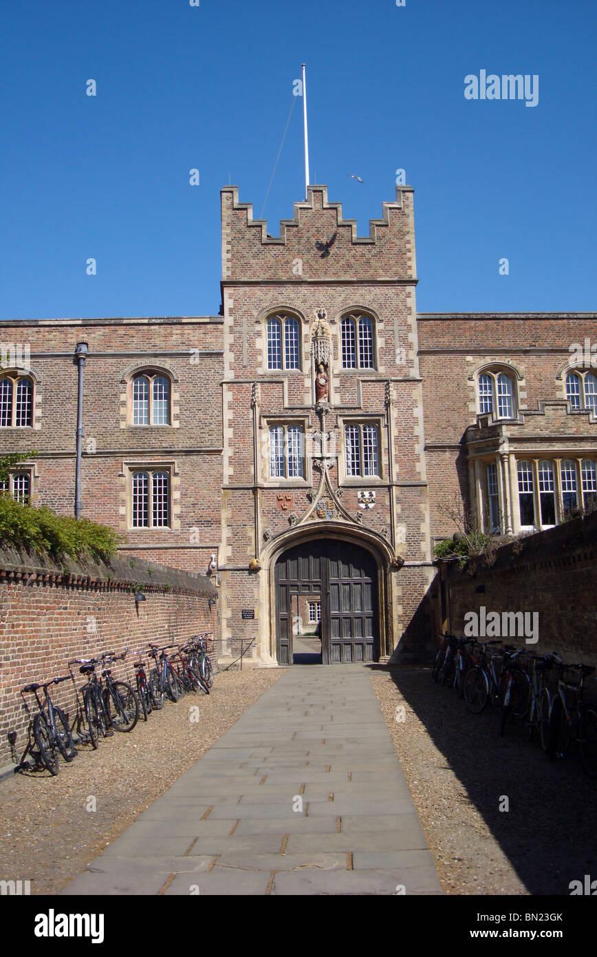 Entrance to St Jesus College Cambridge - Stock Image