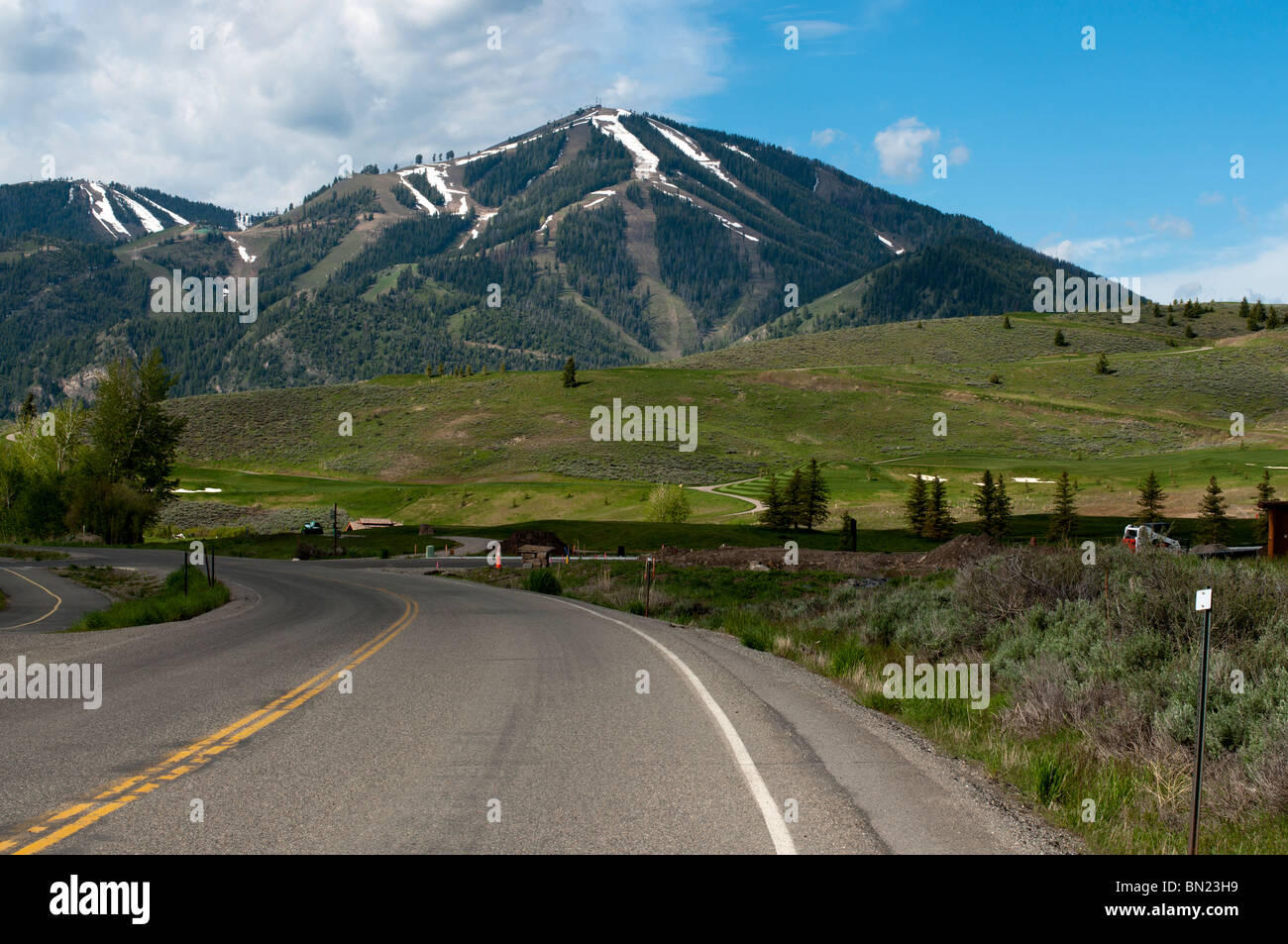 Heading west into Sun Valley along Trail Creek Rd - Stock Image