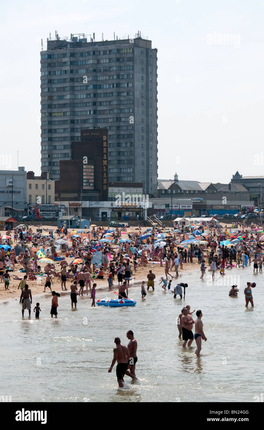 A crowded Margate Beach on a hot summer weekend, England - Stock Image
