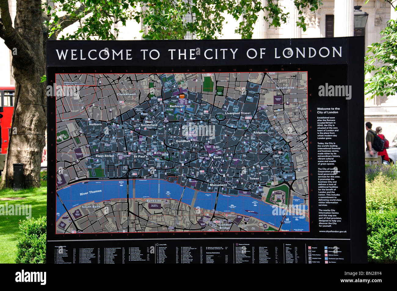 City of London map by StPaulu0027s Cathedral