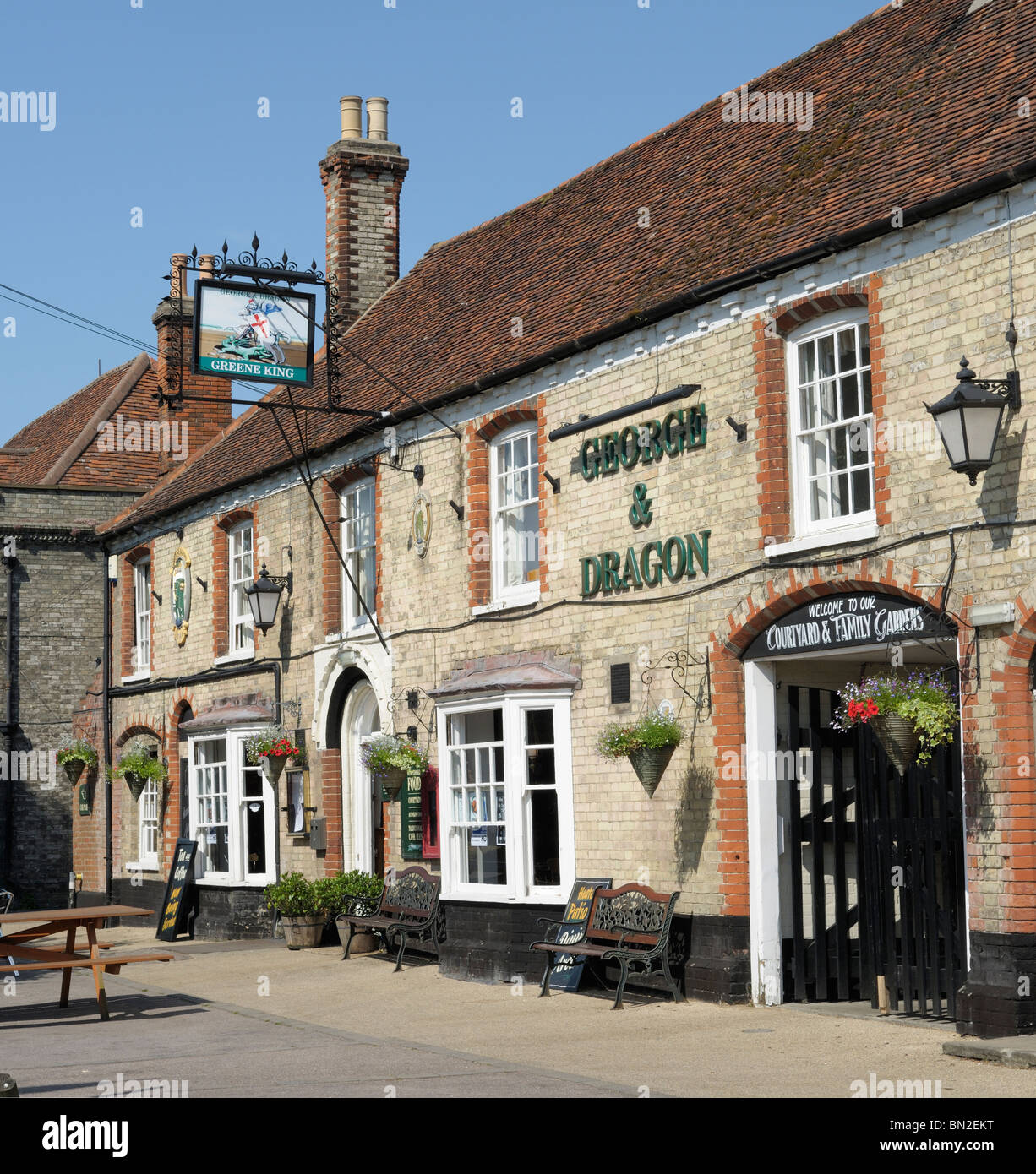 The George and Dragon pub in Long Melford, Suffolk, England. - Stock Image