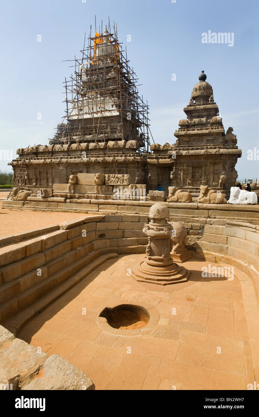 India Tamil Nadu Mamallapuram the Shore temple declared humanity's estate by the UNESCO organization Stock Photo