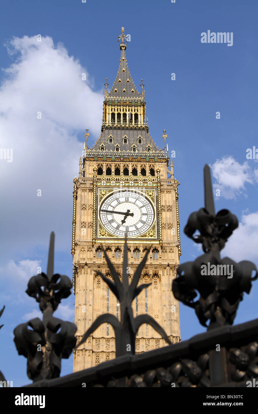 Big Ben and security fence at the Houses of Parliament, London, England Stock Photo