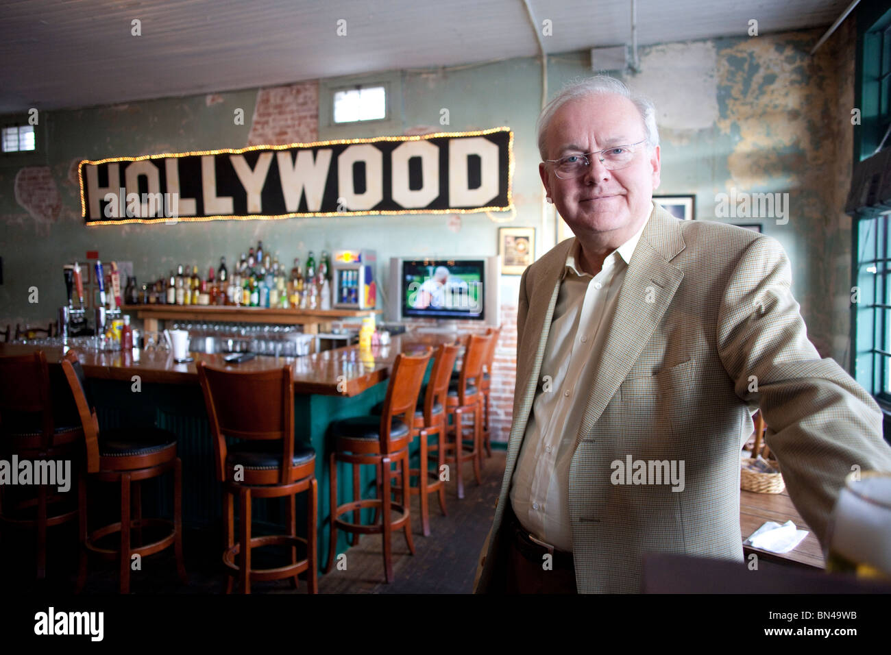 Portrait of Mike Young, owner of Hollywood Cafe in Hollywood, Mississippi. - Stock Image