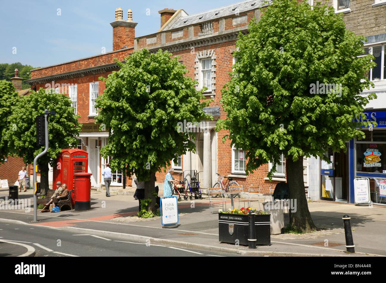 The West Dorset town of Bridport's main postoffice on West Street - Stock Image