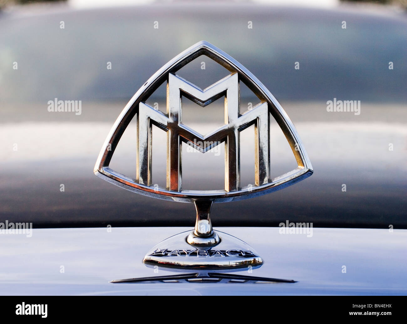 Maybach Car Badge Stock Photos Maybach Car Badge Stock Images Alamy