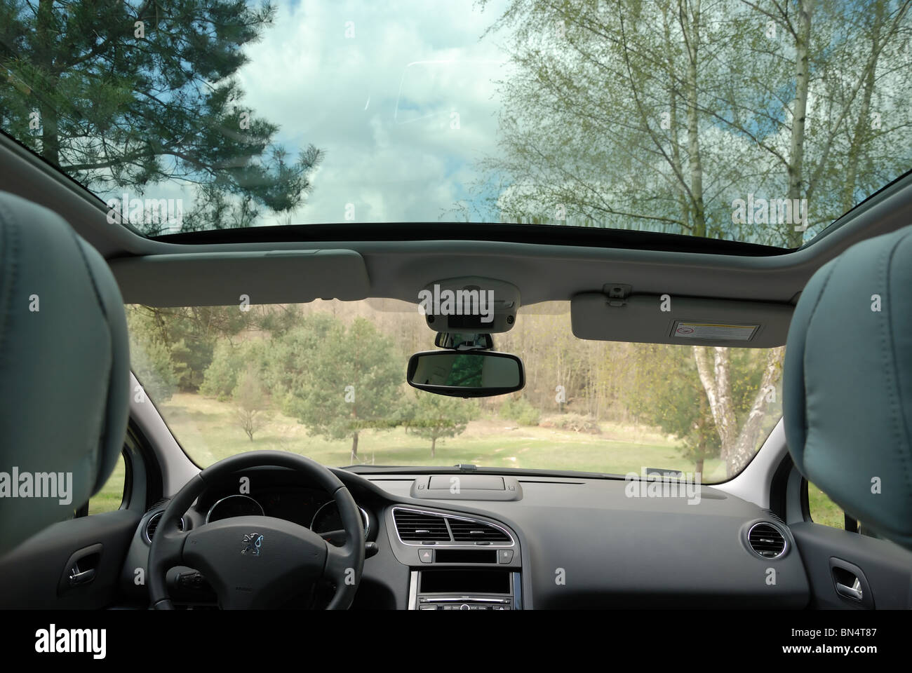 Peugeot 5008 - MPV, van - interior - panoramic glass sunroof, dashboard, cockpit - Stock Image