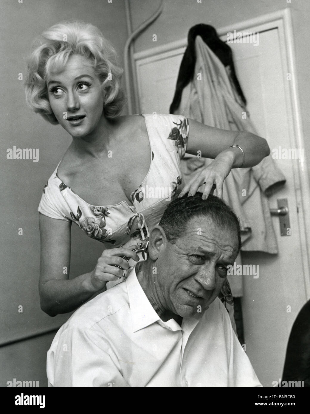 SID JAMES - South African comic actor with Liz Frazer - Stock Image