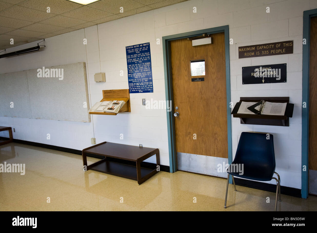 Visiting room at the Nebraska State Penitentiary. Inmates that follow the rules are able to have visits from friends - Stock Image
