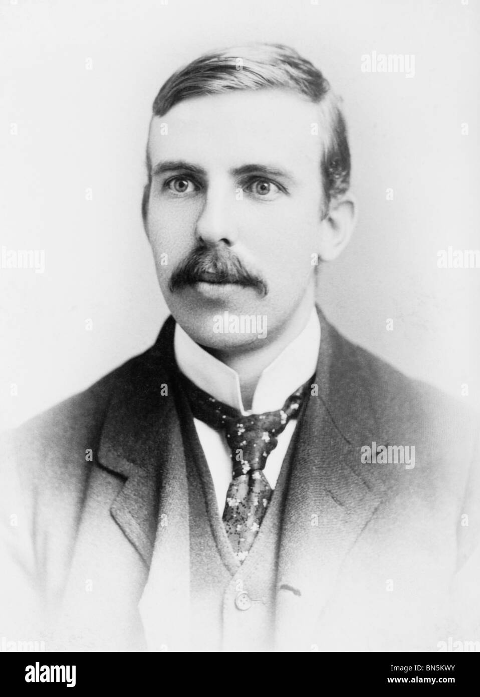 """Photo of scientist Ernest Rutherford (1871 - 1937) - winner of the 1908 Nobel Prize in Chemistry + """"father"""" of nuclear Stock Photo"""