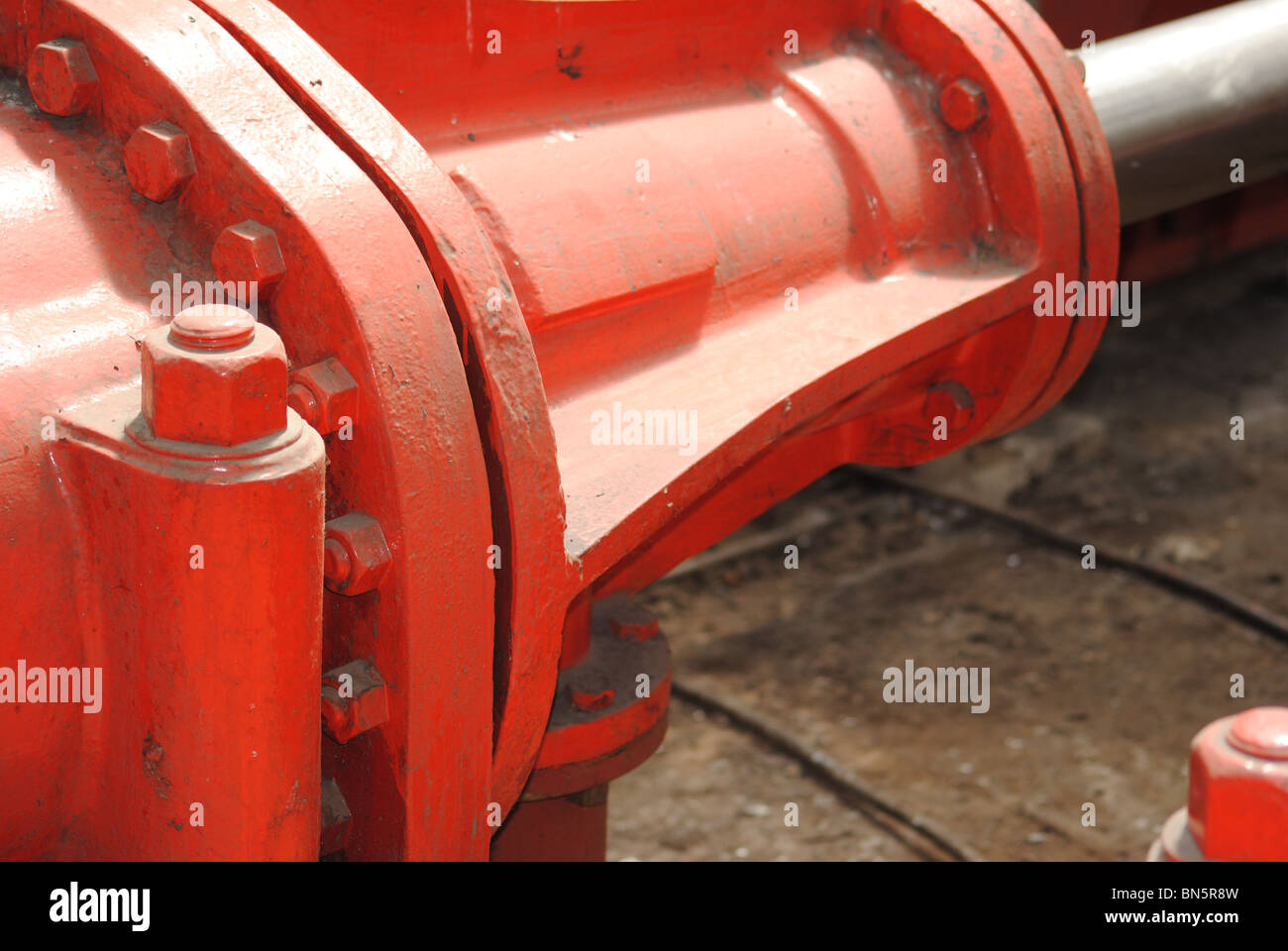 Close up of a railway buffer stop in Glasgow Central Railway Station. - Stock Image