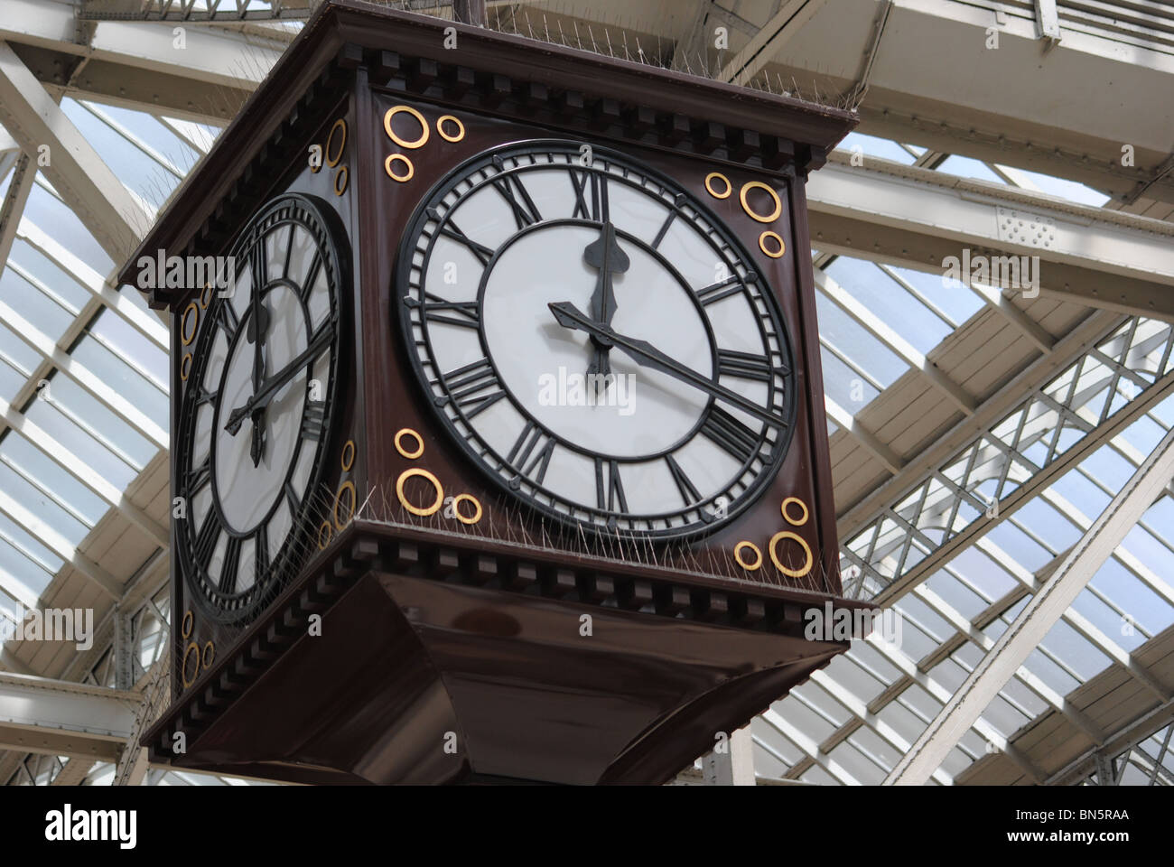 The main clock in Glasgow Central Railway Station - Stock Image