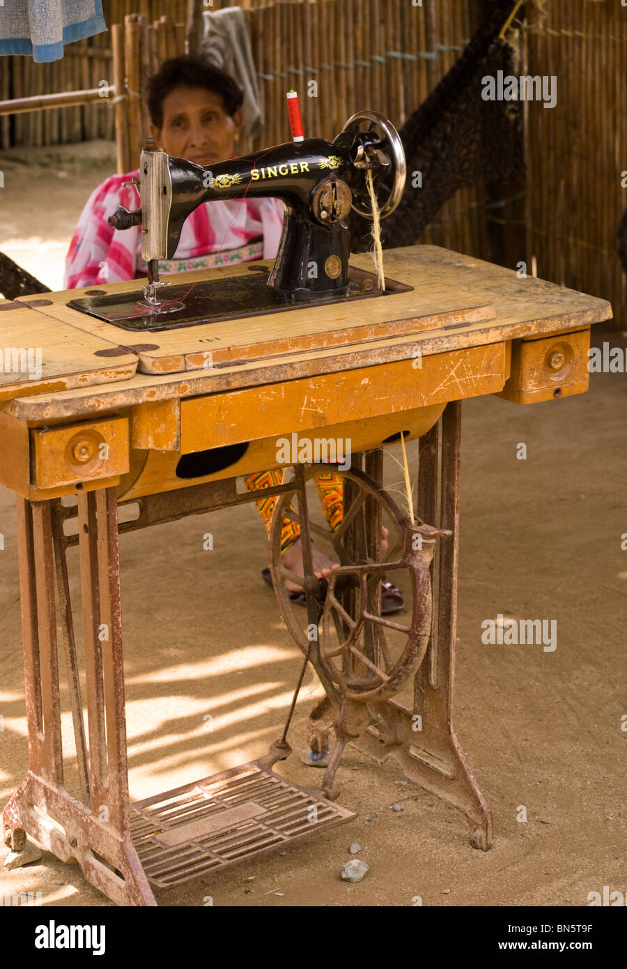Traditional Singer Treadle Sewing Machine Stock Photos