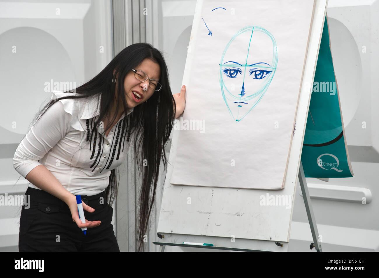 Manga Comic Artist Illustrator Sonia Leong Giving Drawing Workshop To School Pupils At Hay Festival 2010