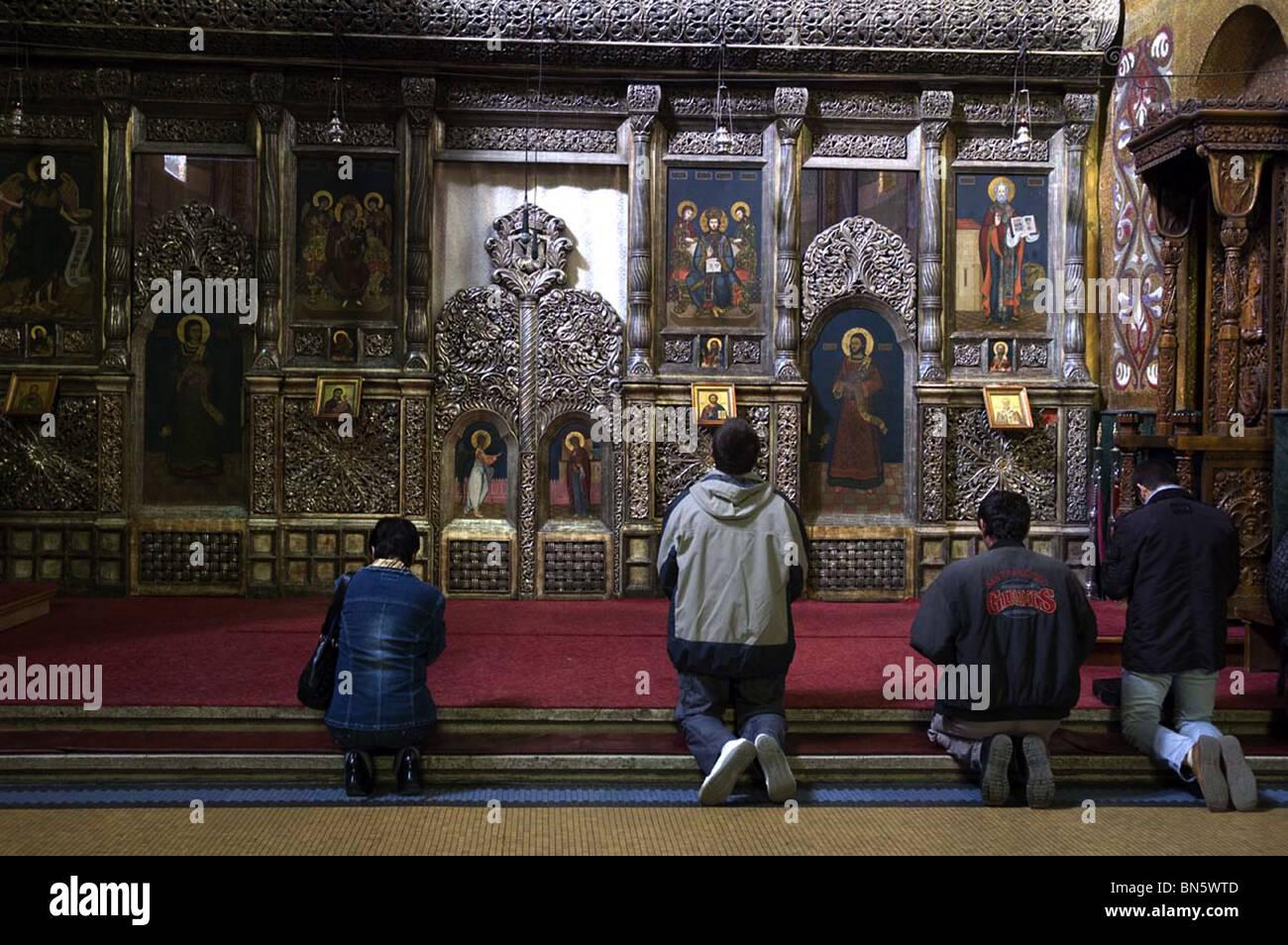 Devout Christians Cathredal (Piata Avram Iancu) Clug-Napoca Roman - Stock Image