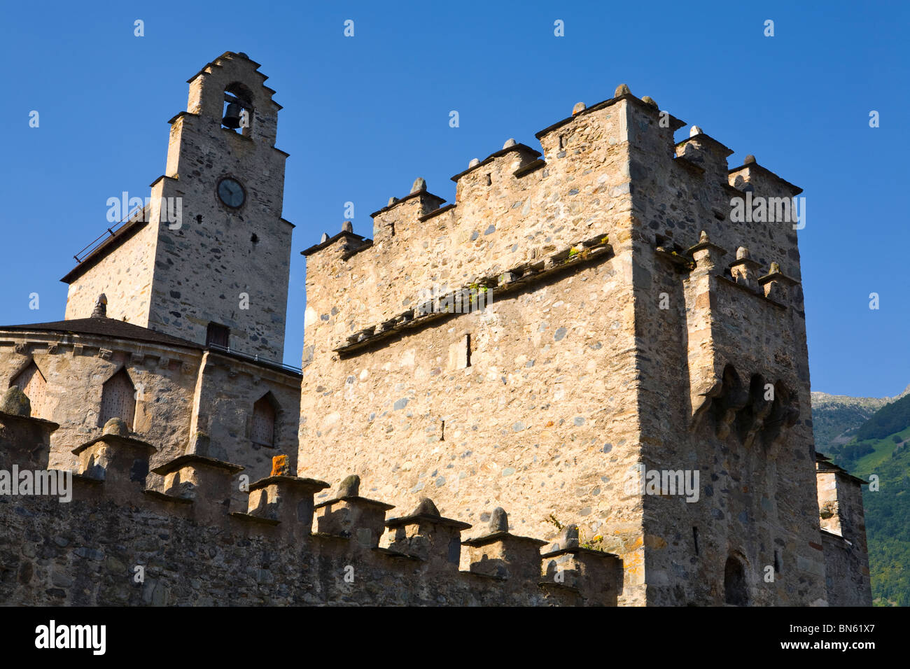 St Andre's Fortified Church, Luz-Saint-Sauveur, Midi Pyrenees, France - Stock Image