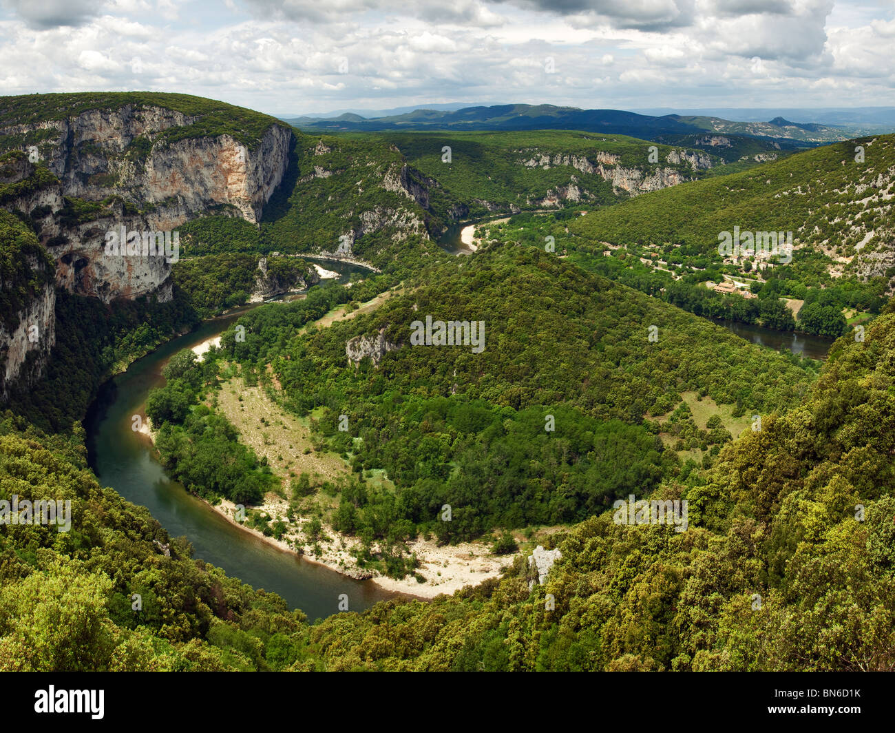 bends of the Ardeche river in it's canyon - Stock Image
