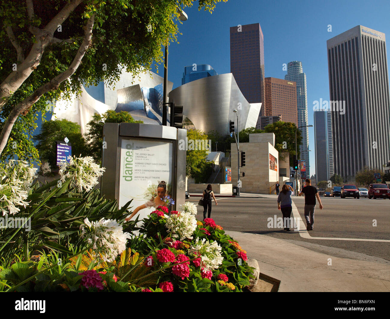 Downtown Los Angeles, California. Shinny building at left-center is part of Walt Disney Concert Hall - Stock Image