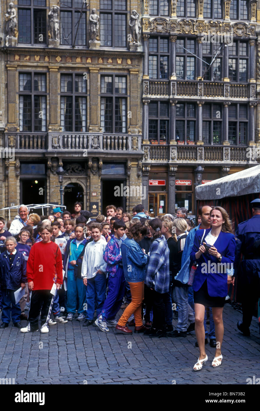 Belgians, Belgian people, students, student field trip, GrandPlace, Grand Place, city of Brussels, Brussels, Brussels - Stock Image