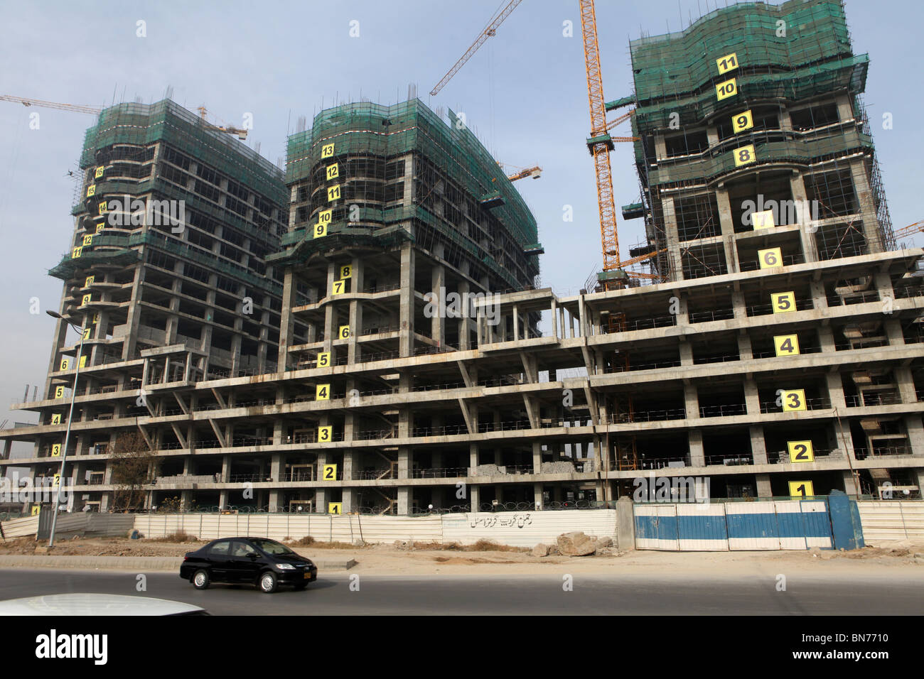 Building construction in islamabad stock photo: 30277324 alamy