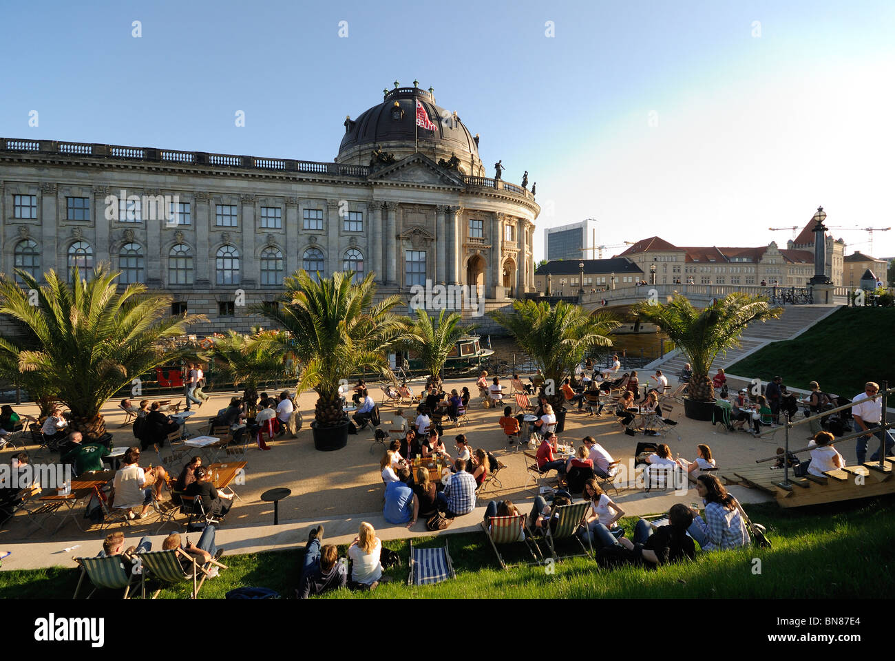 'Strandbar Mitte' city beach with the Bodemuseum museum, lido location opposite the Museumsinsel island, - Stock Image