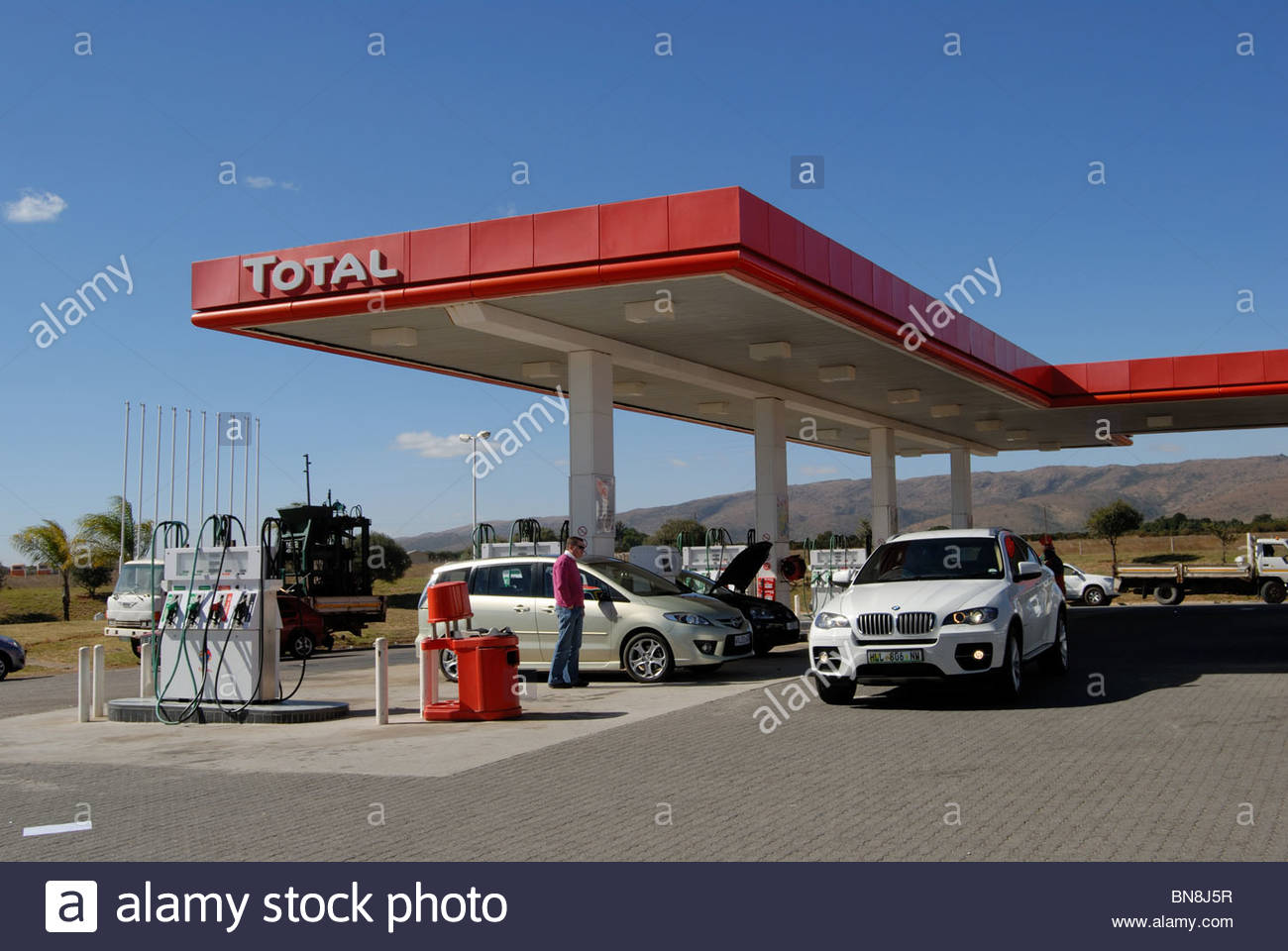 South africa total service station on the n4 motorway for Garage n4 auto duppigheim
