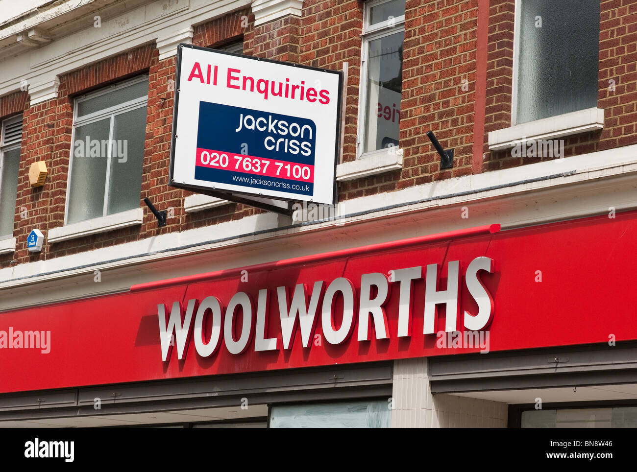 Former Woolworths premises in Cirencester for sale - Stock Image